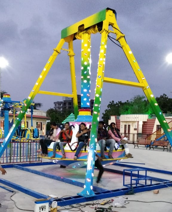 Pendulum Ride (Big)